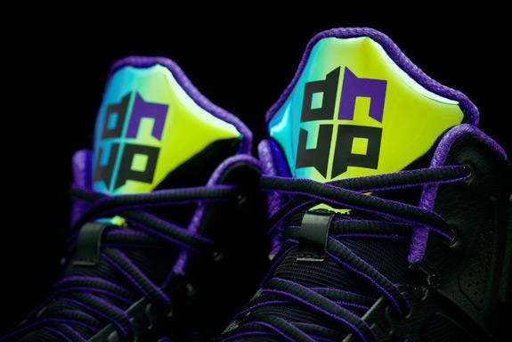 D-Howard-Light-3