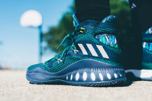 Crazy Explosive Andrew Wiggins Away Colorway